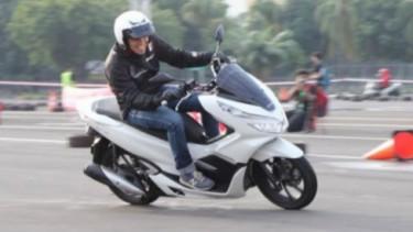 Honda PCX 150 versi lokal.