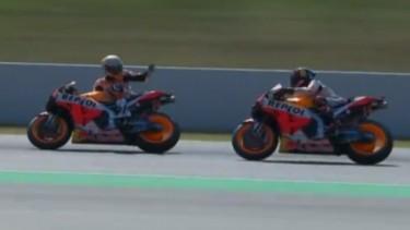 Marquez marahi Lorenzo saat latihan bebas di Catalunya.