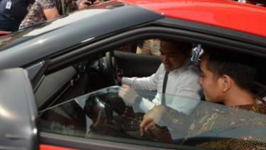Kaesang dan Gibran Toyota Supra GR