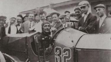 Pembalap Ray Harroun