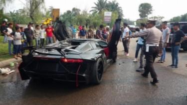 Lamborghini Aventador Raffi Ahmad Terbakar