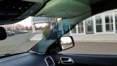 Atasi Blind Spot, Pilar A di Mobil Jadi Transparan