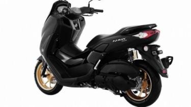 Yamaha NMAX terbaru.