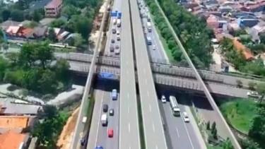 Tol layang Jakarta-Cikampek.