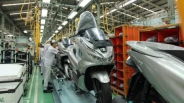 Pabrik AHM produksi PCX.