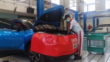 Ilustrasi servis mobil Toyota