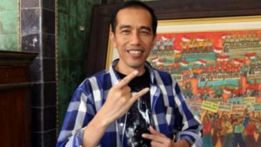 Prank Lelang Motor Listrik Bertandatangan Presiden Jokowi