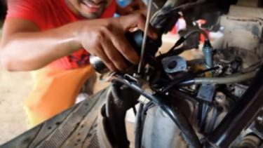 Motor matik pakai minyak wangi
