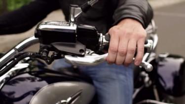 Menggunakan kopling motor yang benar