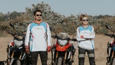 Nikita Mirzani bersama Fery Salim saat touring BMW Motorrad