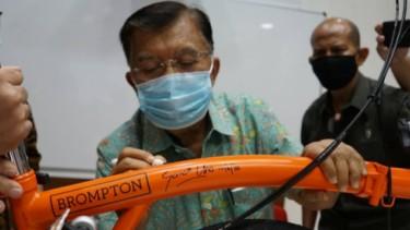 Sepeda Brompton Jusuf Kalla
