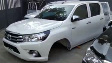 Toyota Hilux copotan