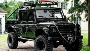 Land Rover Defender bekas kendaraan militer Turki versi modifikasi