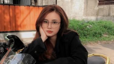 Wanita viral gegara foto KTP suka naik NMAX