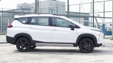Mitsubishi Xpander Adventure in Black