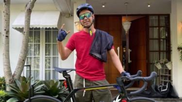 Sepeda balap Raffi Ahmad harganya mahal banget