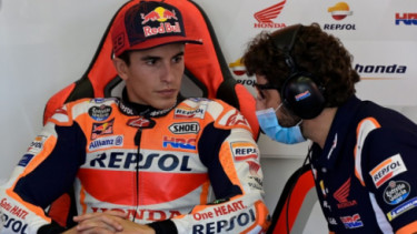 Marc Marquez dan Kru. Foto: Getty Images.