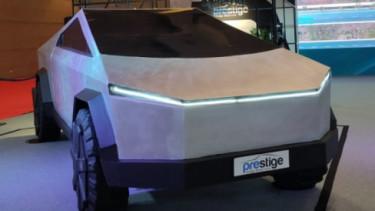 Tesla Cybertruck Imitasi di IIMS. Foto: Farhan/100KPJ