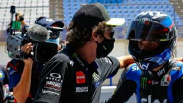 Valentino Rossi dan Marco Bezzecchi