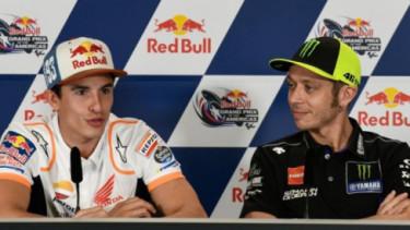 Valentino Rossi dan Marc Marquez. Foto: Motorsport.