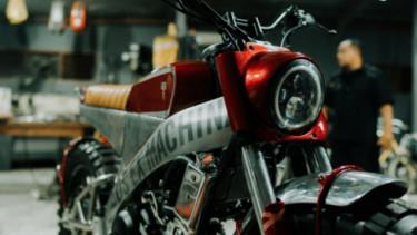 Yamaha XSR 155 Deus